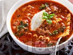 Супа болонезе с кайма и паста (лазаня) - снимка на рецептата